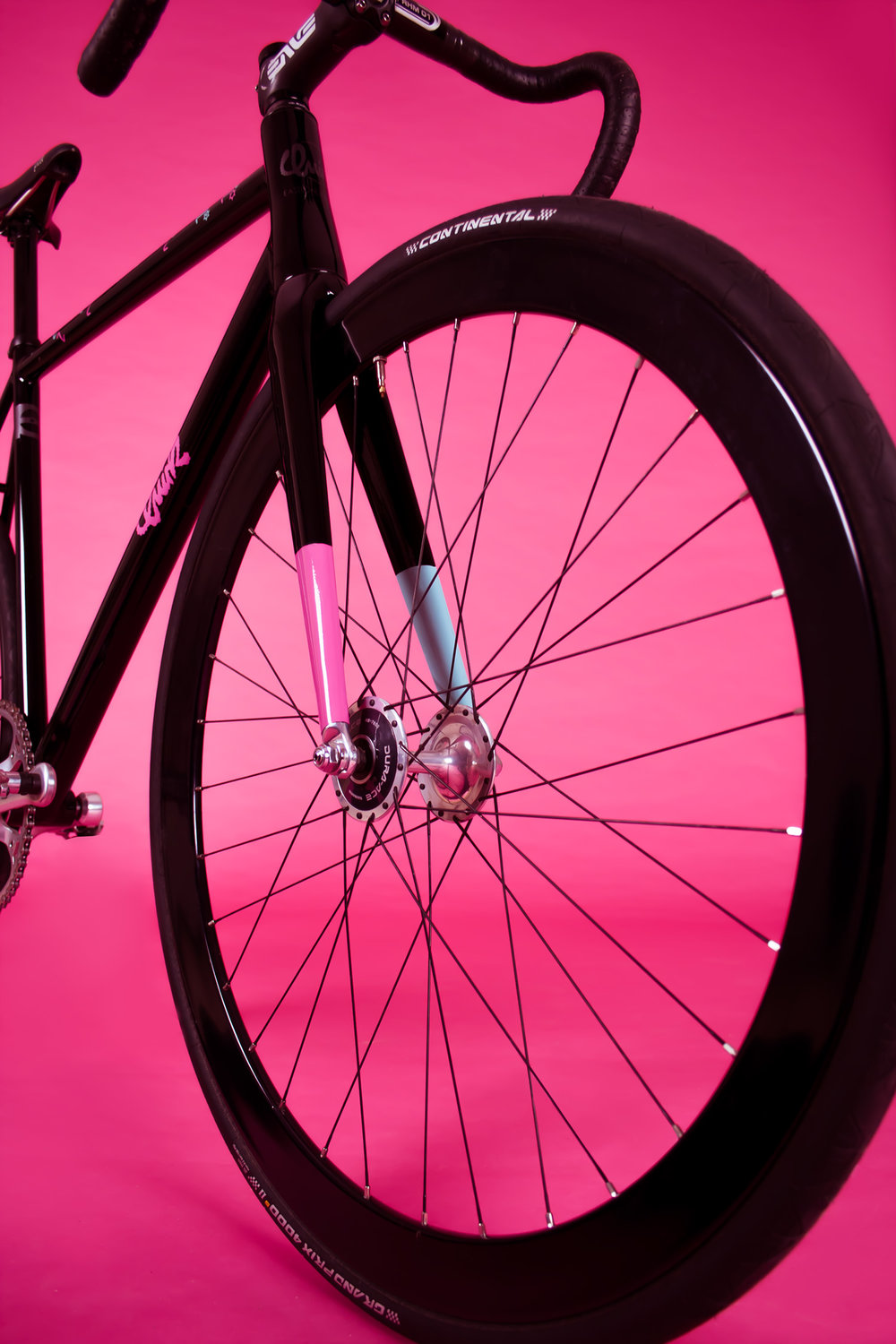quirk_cycles_elf_proto_pink_web_0007.jpg