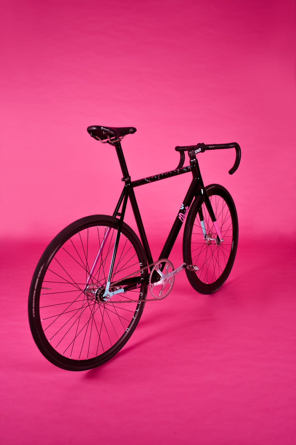 quirk_cycles_elf_proto_pink_web_0010.jpg