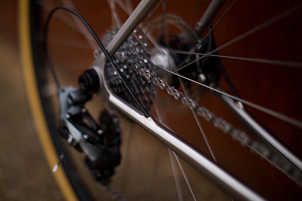 quirk_cycles_alistairs_stainless_bruiser_07.jpg