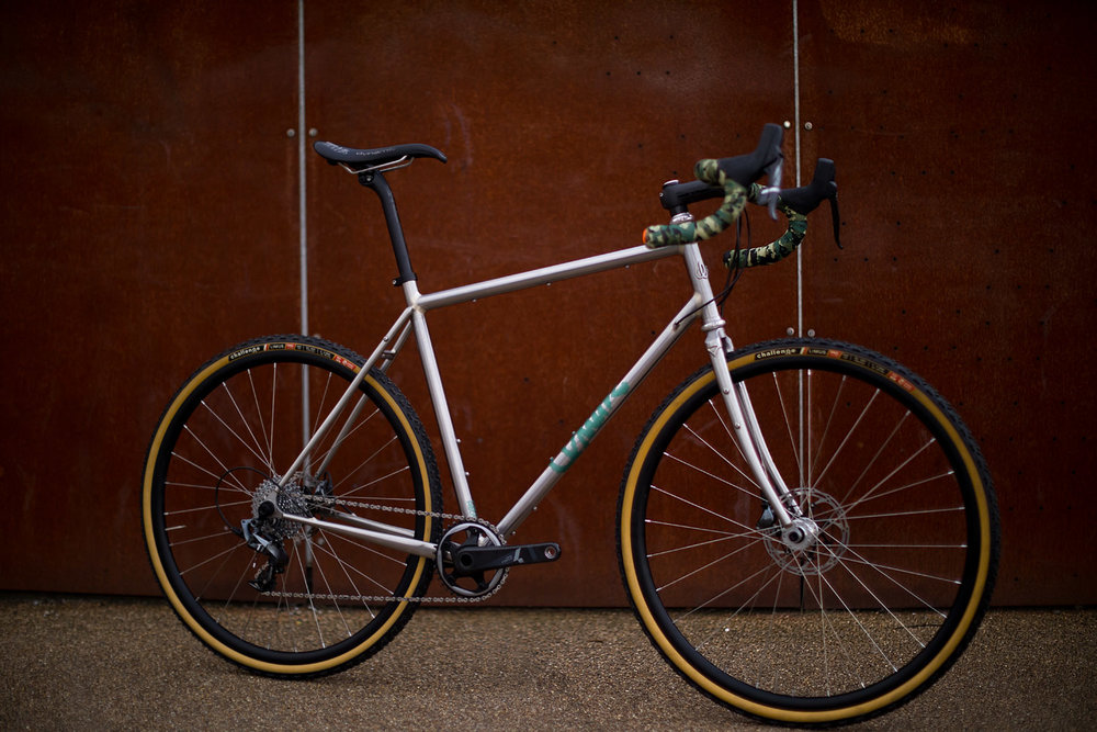 quirk_cycles_alistairs_stainless_bruiser_11.jpg