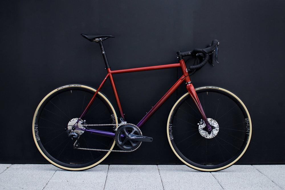 quirk_cycles_rob_mcpherson_road_02.jpg