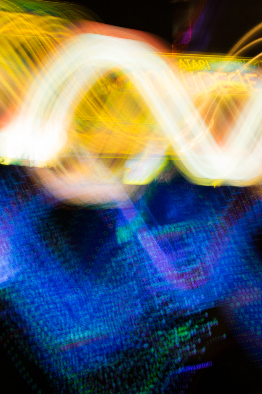 Atari swirls, even the leaderboard screens are fun to swirl around!