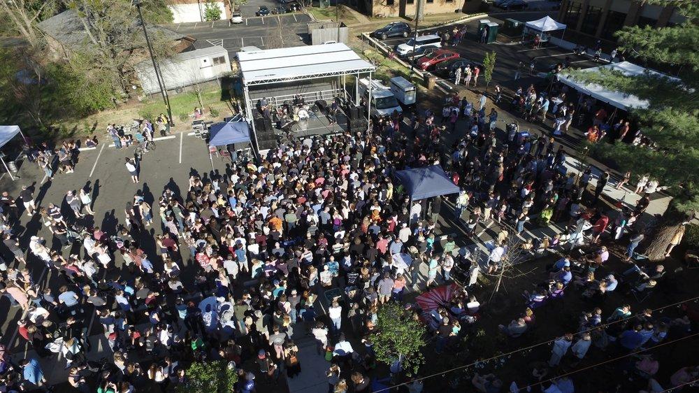 drone_crowd2.JPG