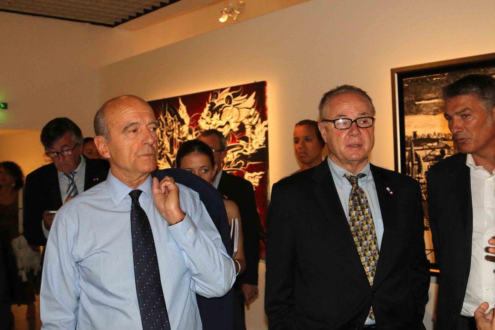Mayor of Bordeaux, Alain Juppé and Councilmember Tom LaBonge