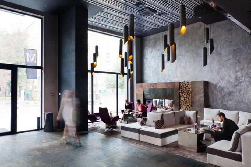 Eleven mirrors hotel