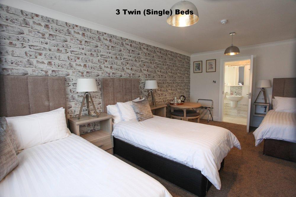 triple room 3.jpg