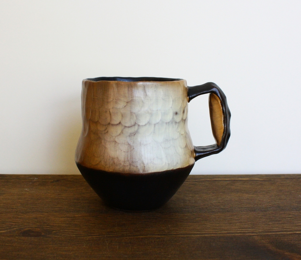 Pinched Mug with Pillow Handle