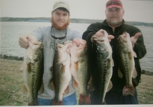 Nate Sullivan and his son caught 18 lbs on Lake Anna with help from The Hook Pal