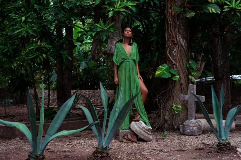 Selena Gown Selva Paula Valladolid