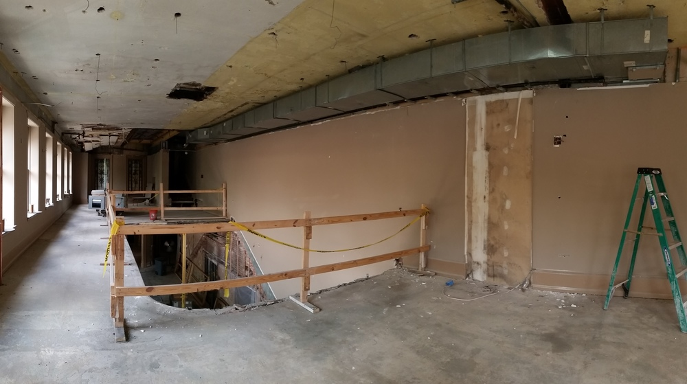 Pano Upper Lobby facing Rotunda.JPG