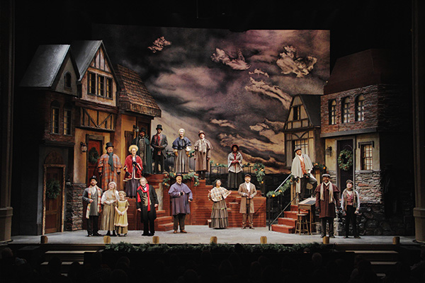 WEB_CC 2017 full stage 344_editwith scrooge600x400.jpg