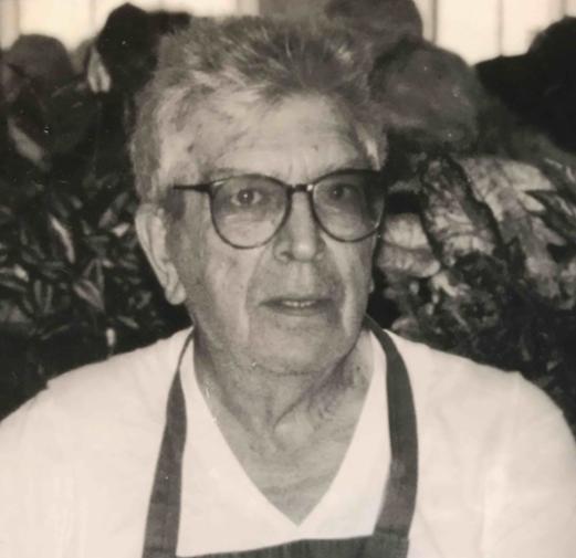 Louis Seretis.png