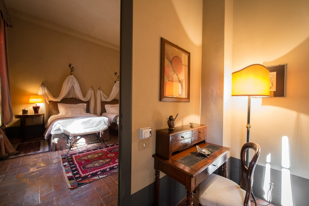 Suite - Il Cerro - Seating Room with view of the Bedroom