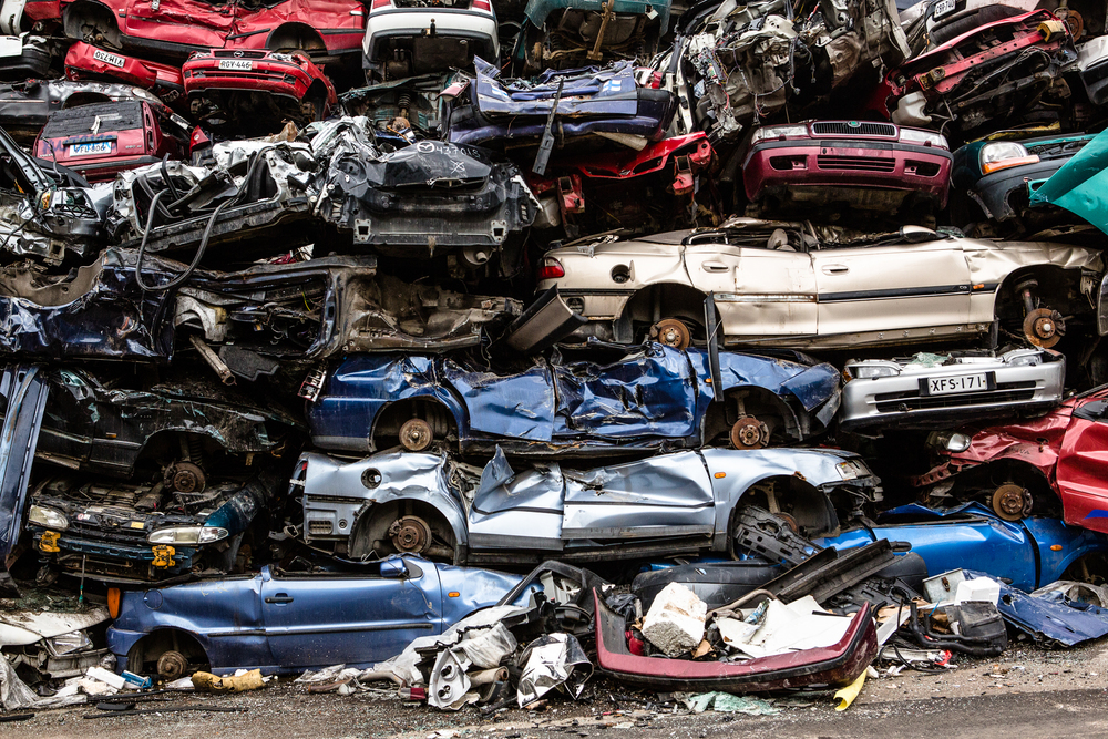 Government of Finland paid 1500€ to car owners if they brought at least 10 year old car to scrapyard and got a new one. Campaign was a great success.    © Maaseudun Tulevaisuus.