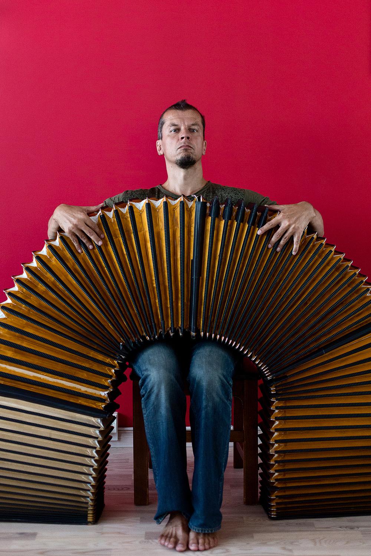 Musician Kimmo Pohjonen.  © Maaseudun Tulevaisuus.