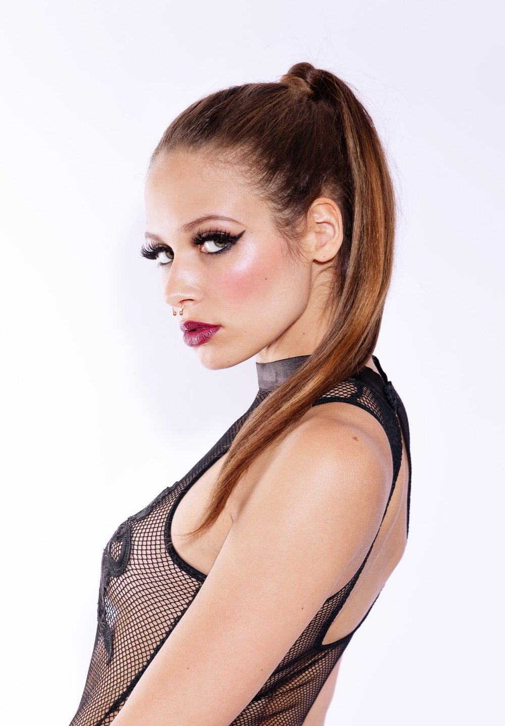 PhotoTinaSimaika_ModelEsme_Borisoff_Makeup_Kaiti_Hui-21.jpg