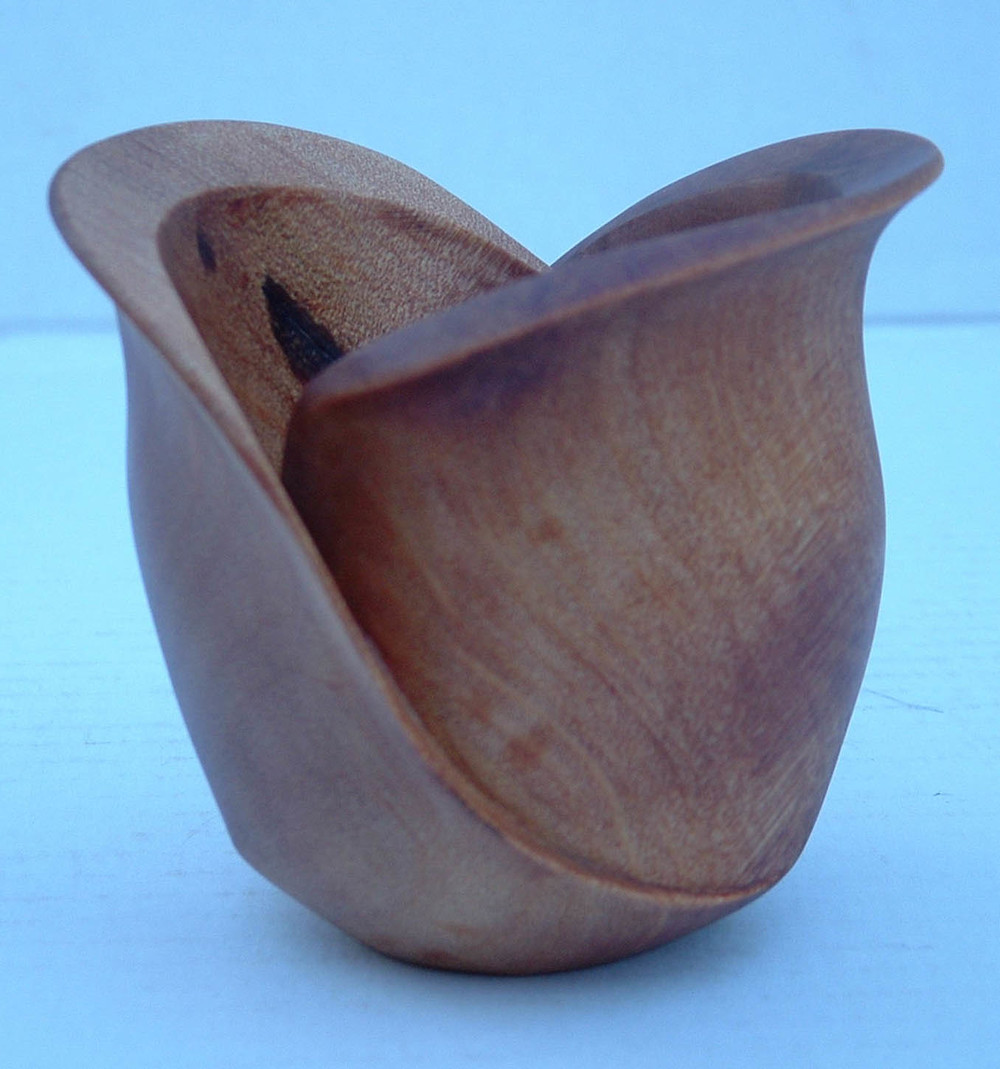 Small Carved Kauri Bowl