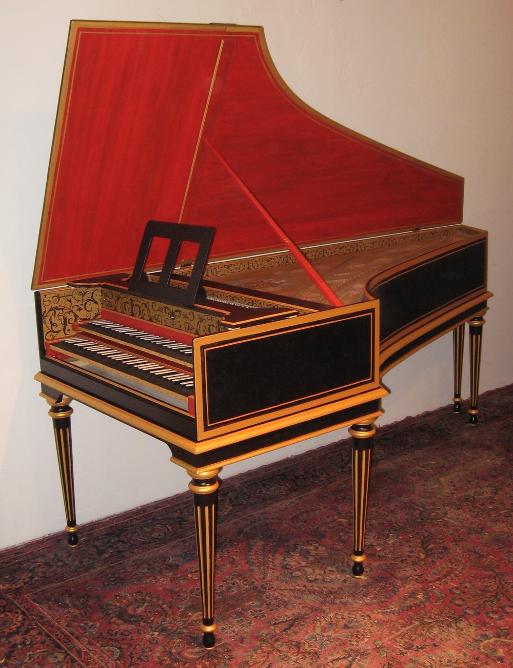 THIS  HARPSICHORD  IS  MY  OPUS   4 3 6   MADE   IN  2011  after  THE  1 7 6 9   TASKIN  IN  THE  RUSSELL  COLLECTION  IN  EDINBURGH,  SCOTLAND .   IT  IS  OWNED  BY  SIMON   NeaL  in  Cambridge,  england
