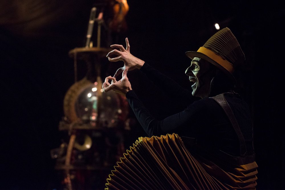 KURIOS – Cabinet of Curiosities by Cirque du Soleil