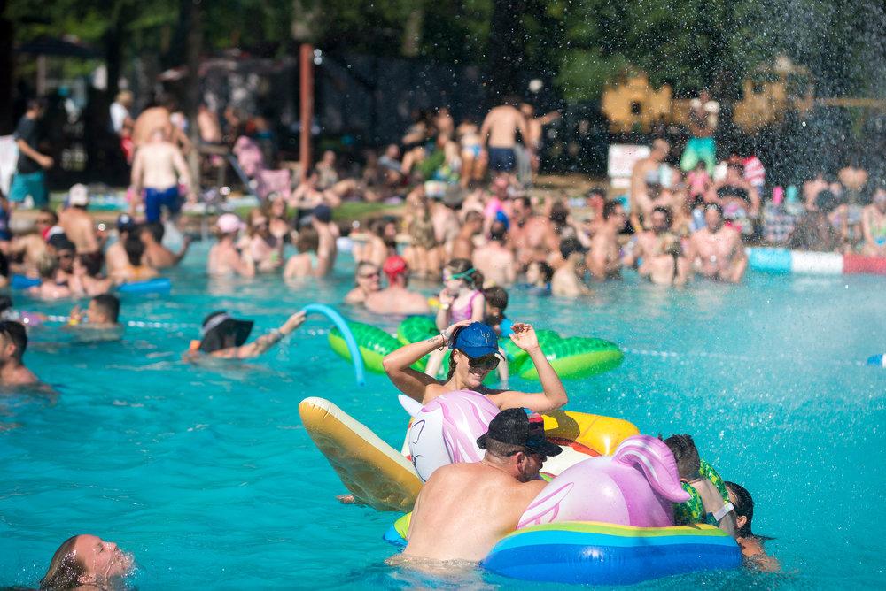 170611_FOE Pool303_BM.jpg