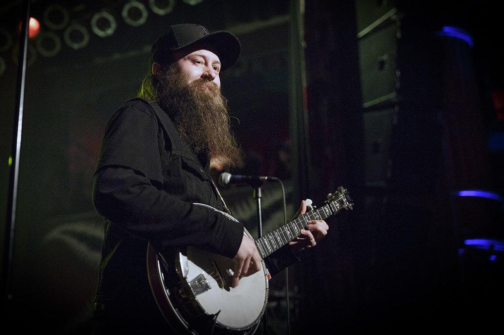 Judah_banjo!!–Nate Zuercher-0350_crop_WEB.jpg
