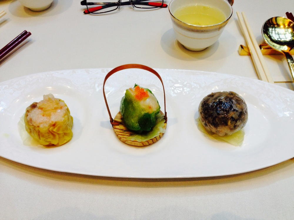 Trio dimsum selection (shark, prawn, crab)