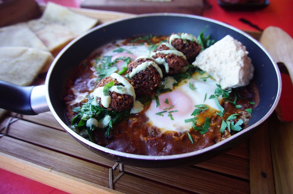 Eydor's Aussraeli Breakfast with Delicious Falafels