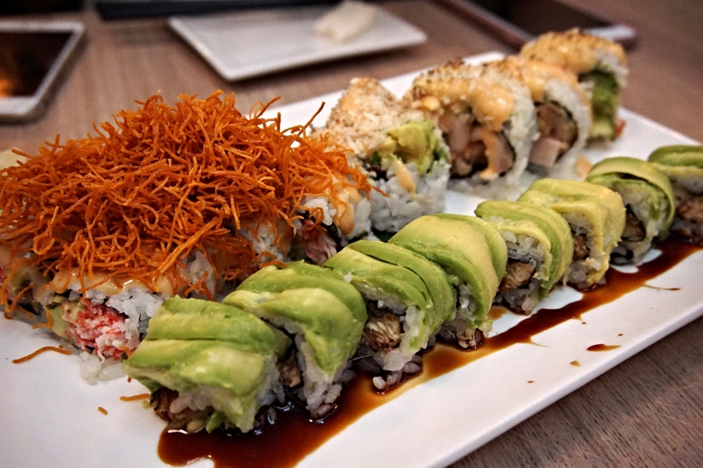 modern eatery Baby dragon roll