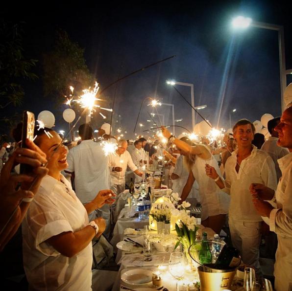 Diner en Blanc Perth Sparkler