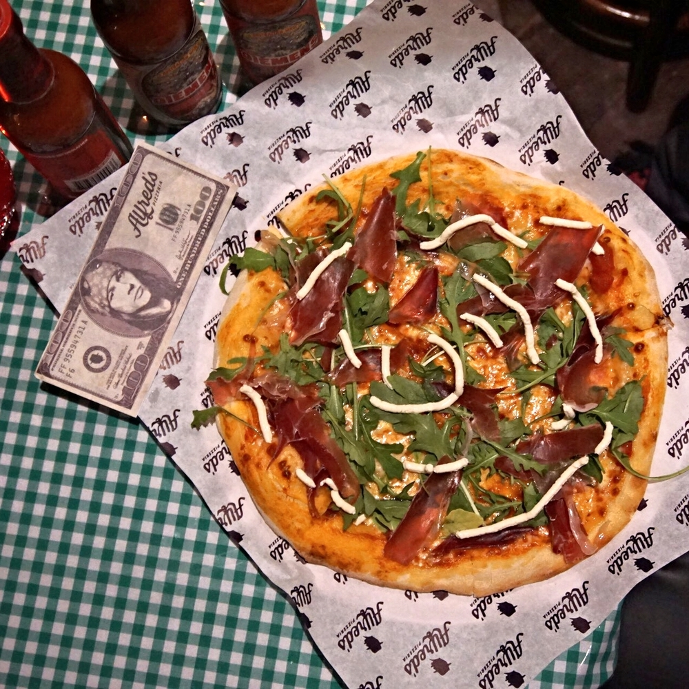 Alfred's Pizzeria Pizza