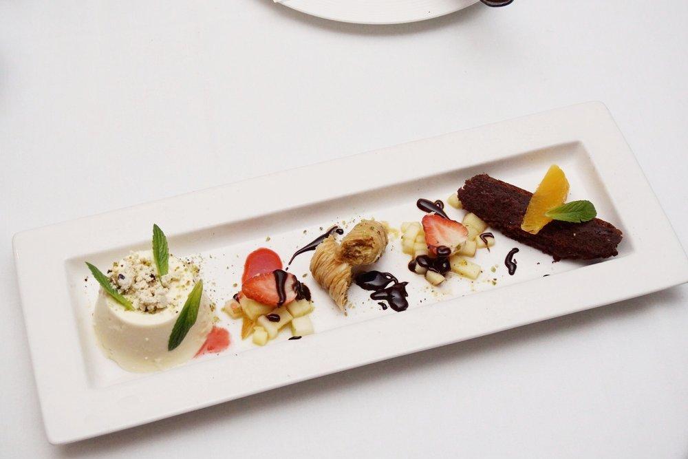 Prego Floreat: Dessert Platter
