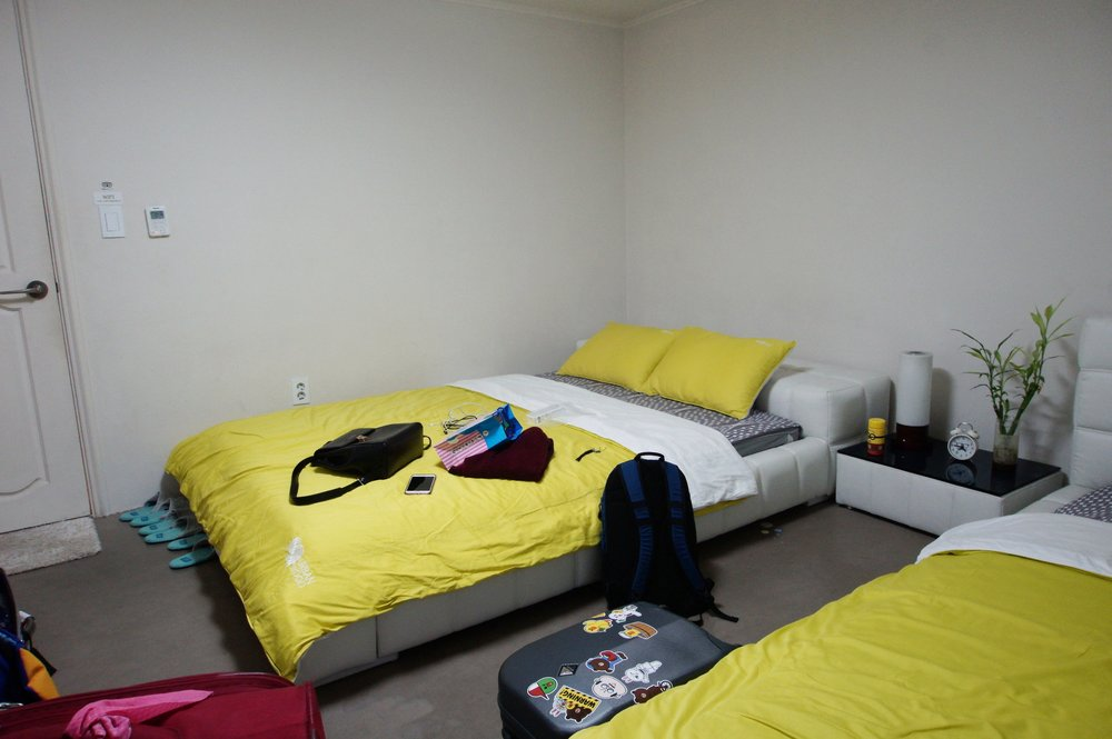 Urbanwood Guesthouse Triple Room