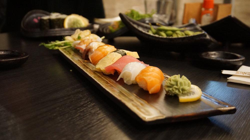 Sushi Roll Sakura Sake