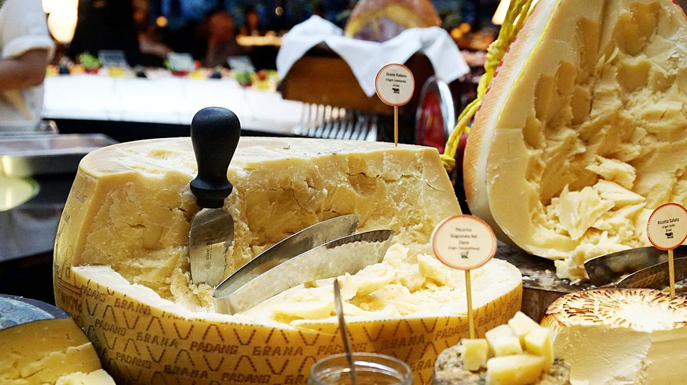 Cheese at Basilico Regent Hotel