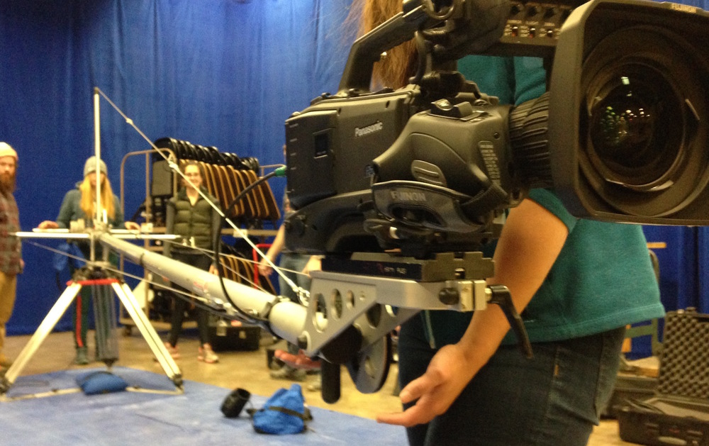 Students learning how to set ip the jib with an ENG-style camera  in advanced cinematography.