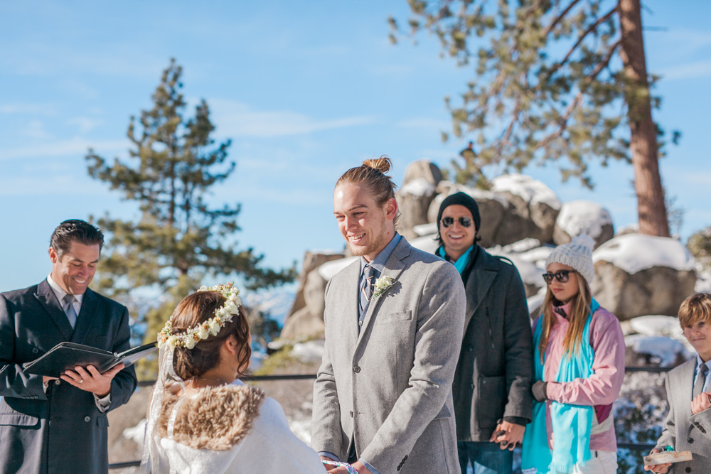 Lake-Tahoe-Wedding-Photographer-Winter-Reno-7.jpg