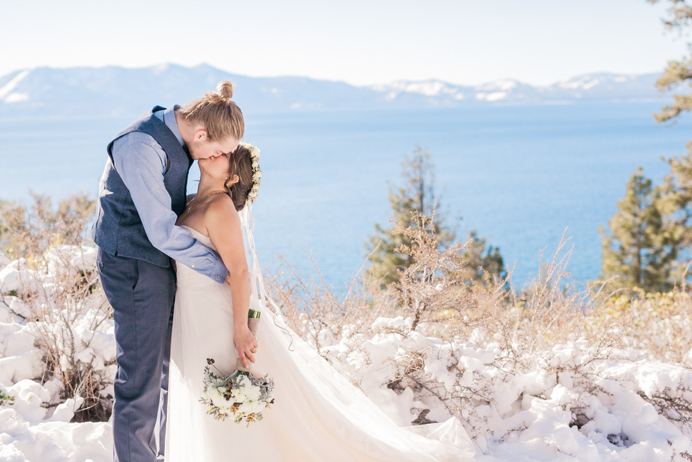 Lake-Tahoe-Wedding-Photographer-Winter-Reno-13.jpg
