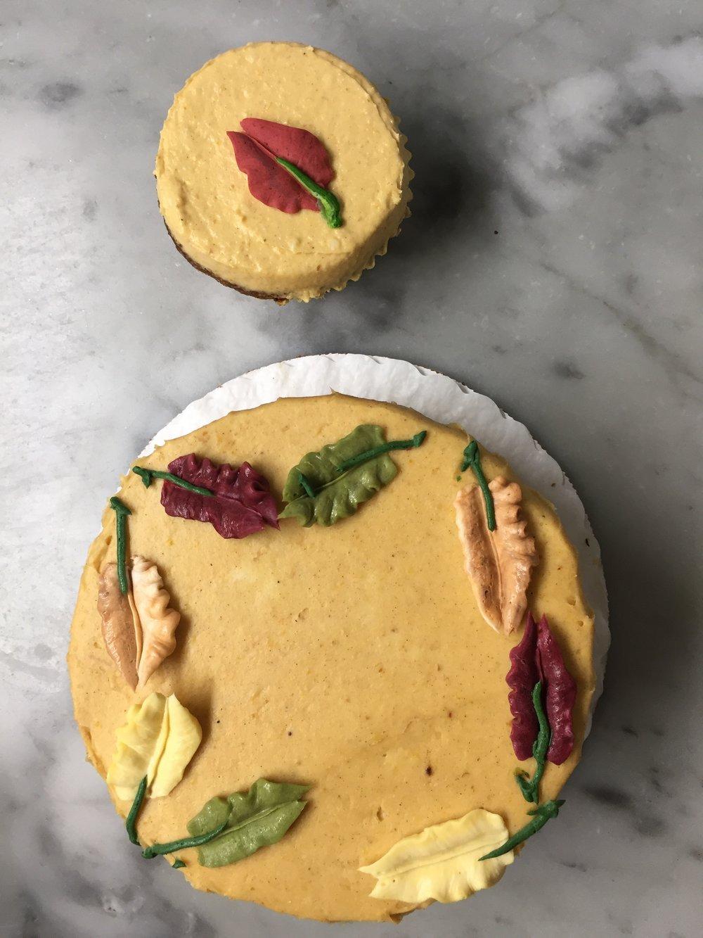 Pumpkin Harvest Cake & Cupcake