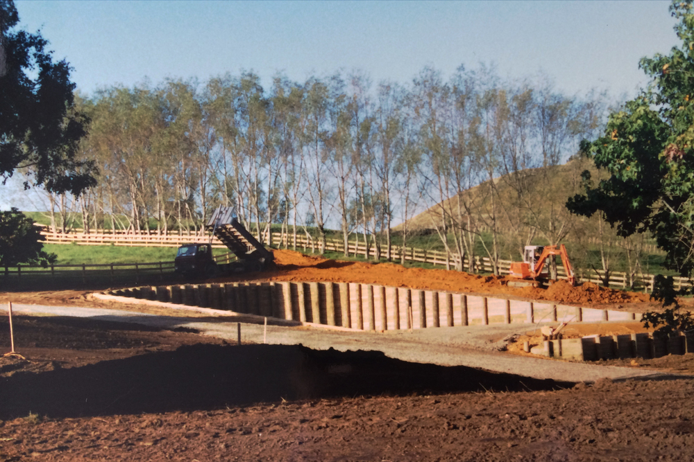 Excavation and retaining for the tennis court