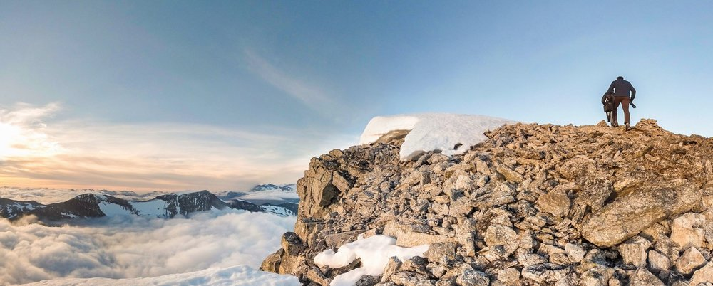 360° VR Experience - Created from 4,000 individual photos taken by six specialized GoPro cameras, this immersive experience captures the view atop Mt. Skåla in every direction.