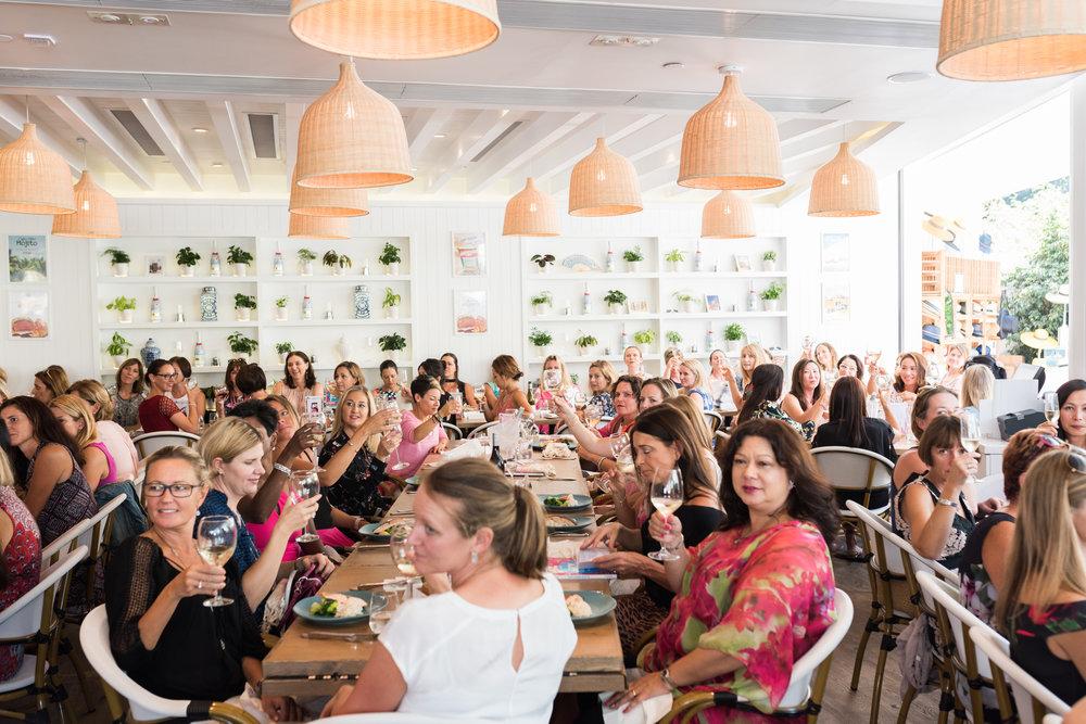 IMG_5 restaurant scene-117.jpg
