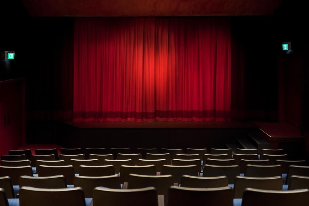 Dolphin Theatre Image0010.jpg
