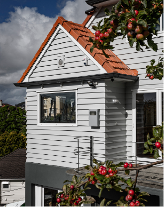 CLASSIC HOMES Improving the warmth and aesthetic of typical New Zealand homes