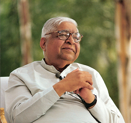The teacher S.N. Goenka