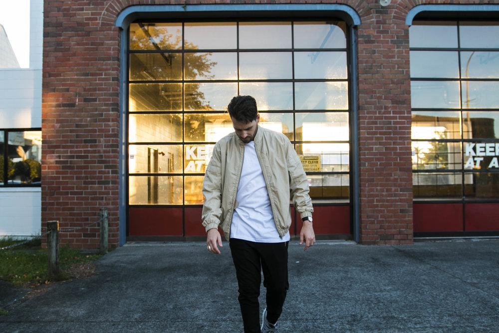 jaheb_barnett_new_zealand_fashion_blogger_threads_look_book