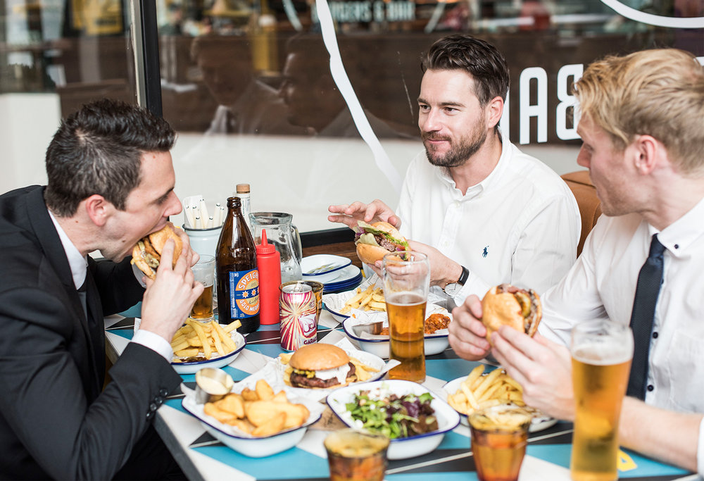 jaheb_barnett_mens_fashion_lifestyle_blogger_new_zealand_skycity_andys_burger_bar