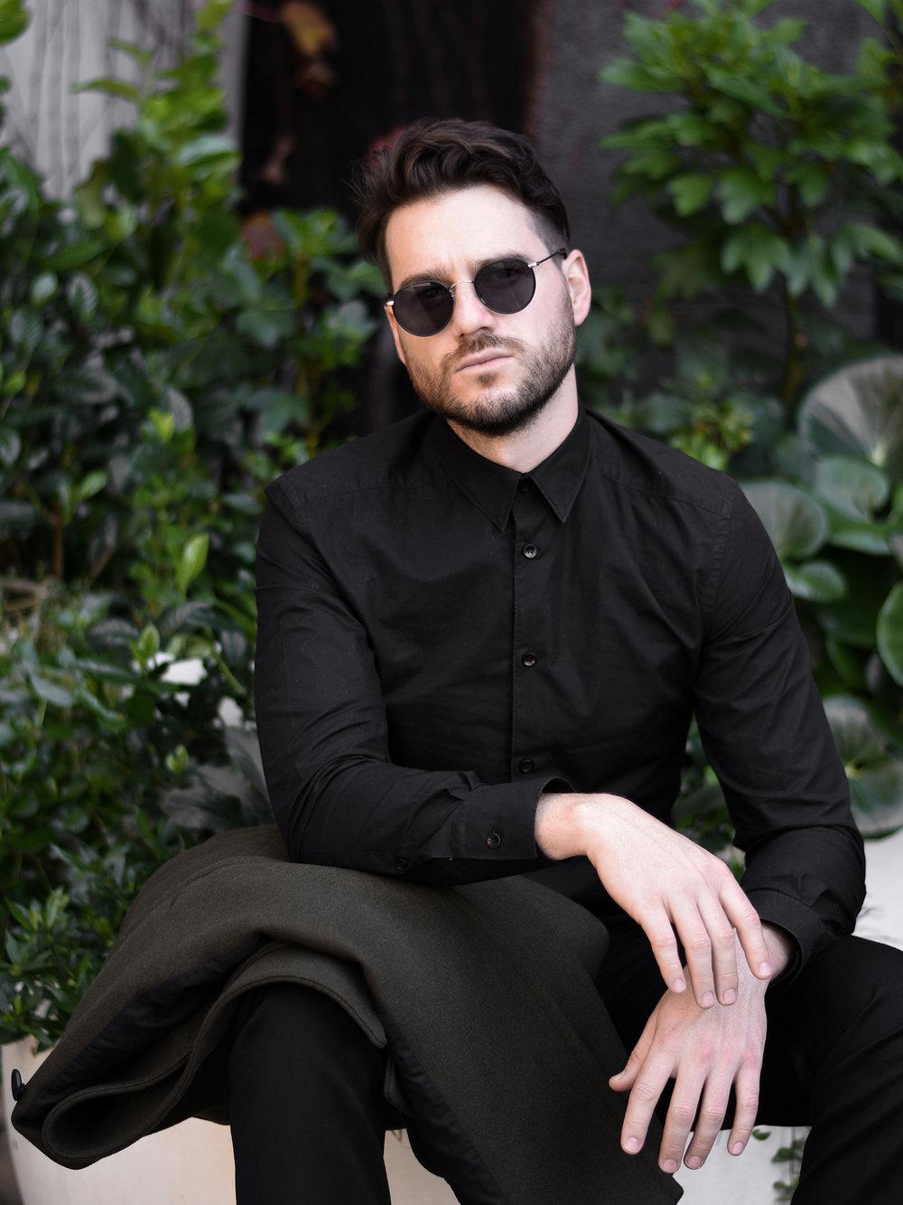 jaheb_barnett_mens_fashion_blogger_rollas_wool_pants