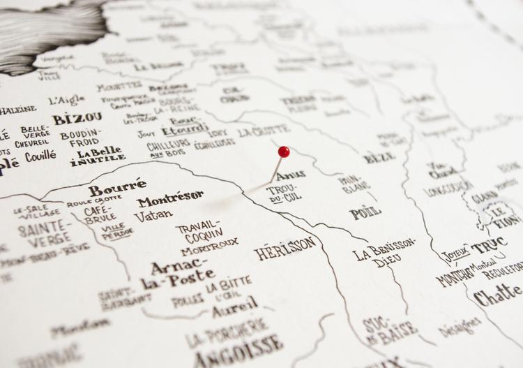 anus+trou+du+cul+deux-verges+montrésor+arnac+la+poste+pires+villes+france+amandine+delaunay+l'illustre+boutique.png