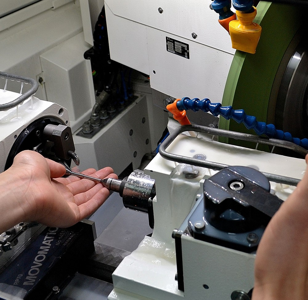 The S11 is ideal for the small high-precision components