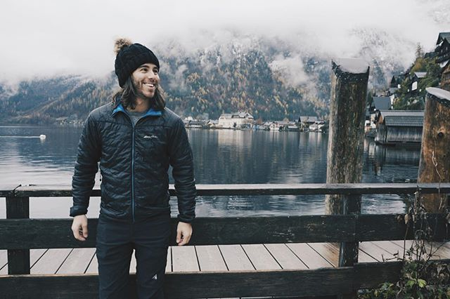 #mountains #snow #hallstatt #hallstattersee #obertraun #austria #cold #petiepizarro #lake #eddiebauer #clouds #pale #exploration #nomad #wanderlust #travel #sonya7sii #vsco #europe